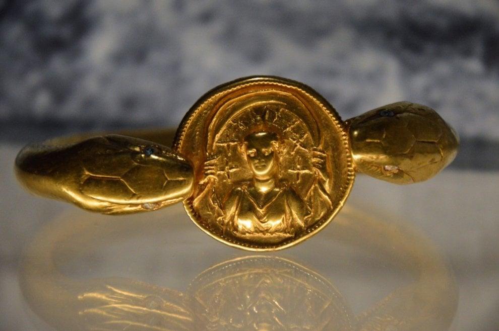 brazalete de oro pompeya