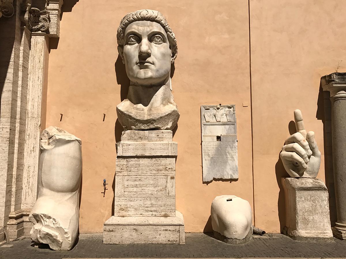 estatua de constantino museos capitolinos