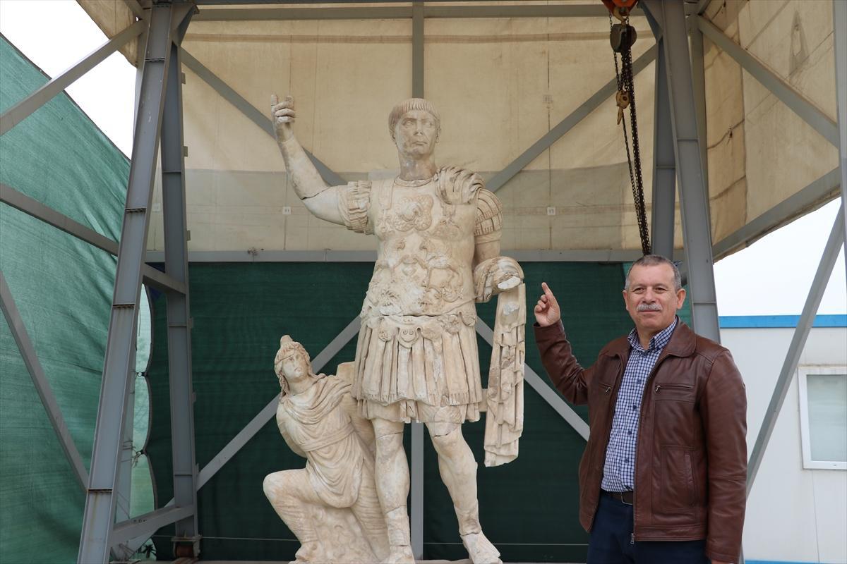 Hallada una gran estatua de Trajano en Turquía